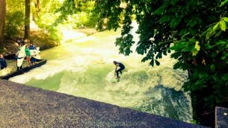 Surferwelle Eisbach München